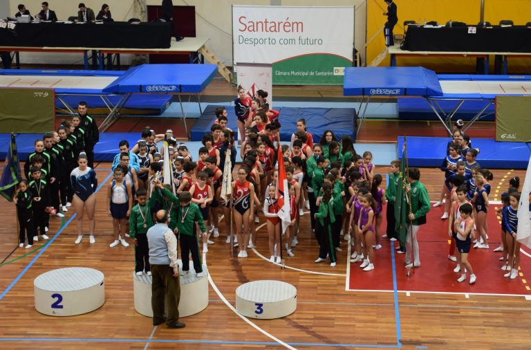Correio do Ribatejo: Campeonato Distrital de Trampolins em Santarém